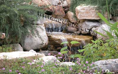 Cascata Per Laghetto Da Giardino : Rocce artificiali of laghetto con cascata da giardino myboxlive