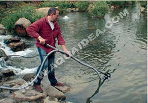 Aspirafango a funzionamento continuato per pulizia laghetto for Pulizia laghetto